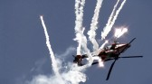 OneMinute - Spectacular Apache attack helicopter demo