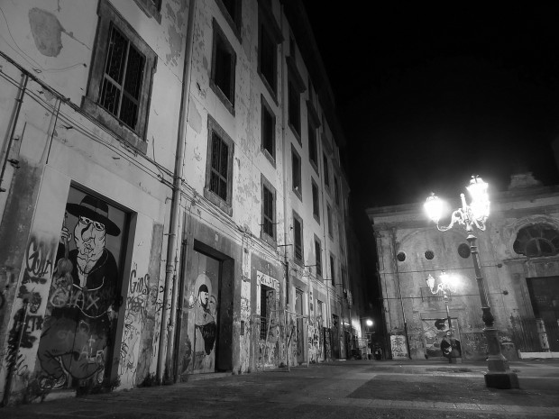 In the streets of Naples 1