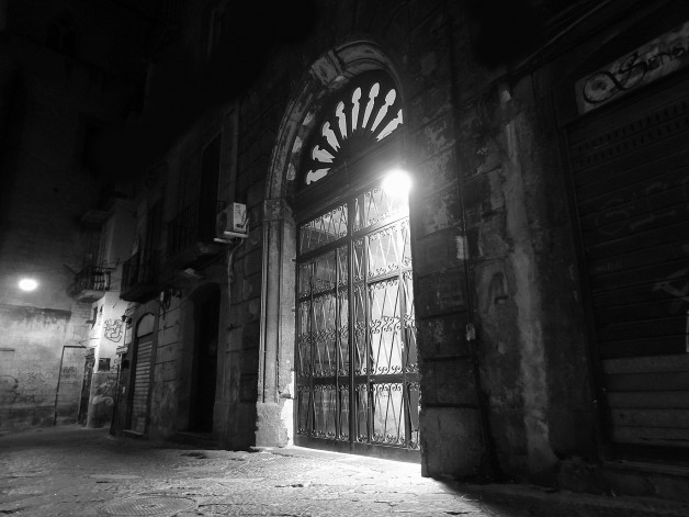 In the streets of Naples 6